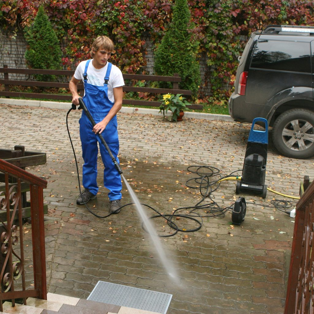 Flower Mound Driveway Pressure Washing Services